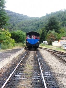 Le train à vapeur des cévennes au départ de St-jean du Gard (2006)