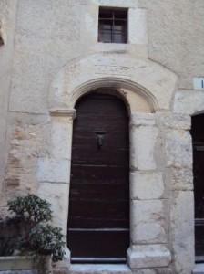 Porte ancienne à la Cadière d'azur