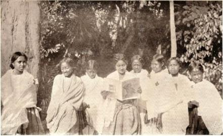 jeunes filles malgaches (1925)
